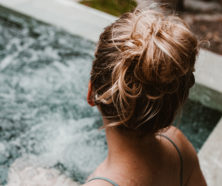 jak spravne hydratovat vlasy zimni pece